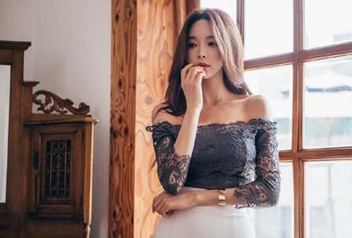 韩国大胸美女嫩模美腿翘臀图片_WWW.66152.COM