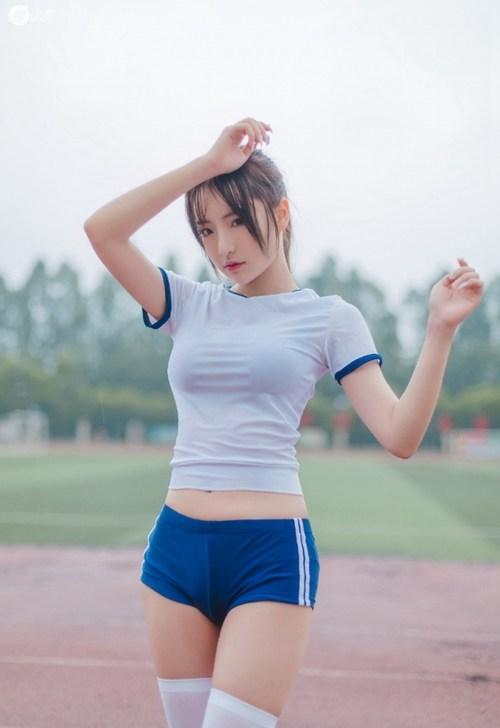 丰满辣妹火爆好身材白丝诱人图片_WWW.66152.COM