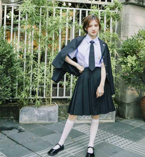 校园女神学生制服白丝美腿图片_WWW.66152.COM