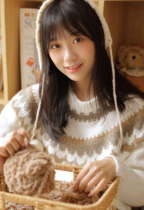 邻家女孩气质清纯唯美女生照片_WWW.66152.COM
