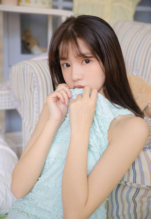 邻家小妹杏眸含春灵动俏皮高清女生可爱图片_WWW.66152.COM