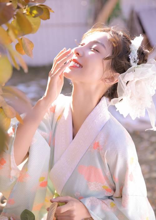 日韩美女简单和服养眼漂亮图片_WWW.66152.COM
