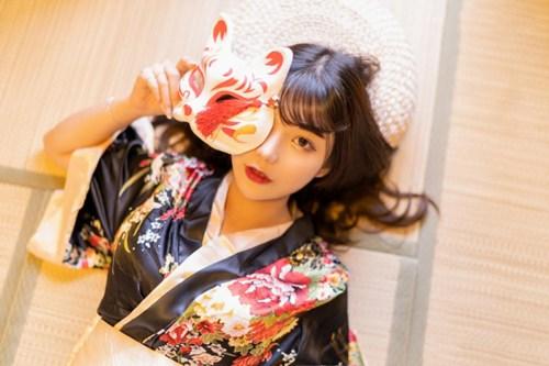 日系和服美女阳光图片_WWW.66152.COM