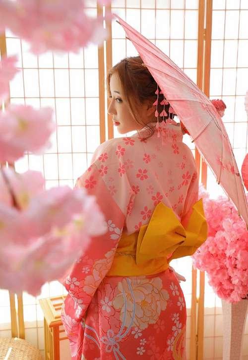 日式和服美女气质温柔优雅清冷美人另类图片_WWW.66152.COM
