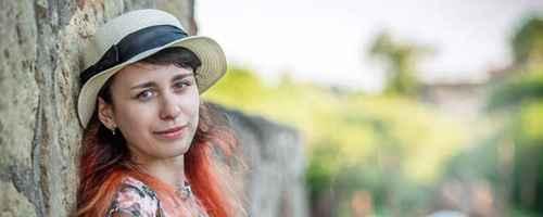 戴帽子对头发有影响吗_WWW.66152.COM