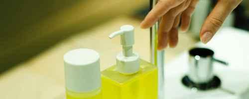 卸妆水卸妆油卸妆乳卸妆膏的区别_WWW.66152.COM
