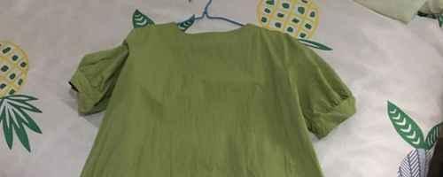 浅绿色裙子配什么颜色鞋子_WWW.66152.COM