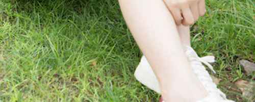 小白鞋蹭皮了的小妙招_WWW.66152.COM