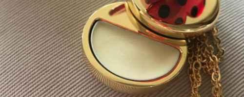 固体香膏的使用方法是什么_WWW.66152.COM