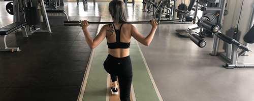 偏瘦女生怎么健身增肌_WWW.66152.COM