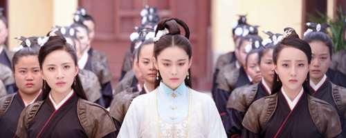 花满天能识别公主和千寻身份么_WWW.66152.COM