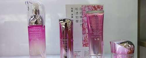化妆的水乳和护肤的水乳的区别_WWW.66152.COM