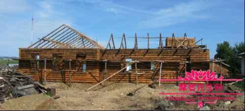 为什么老外喜欢用木头造房子_WWW.66152.COM