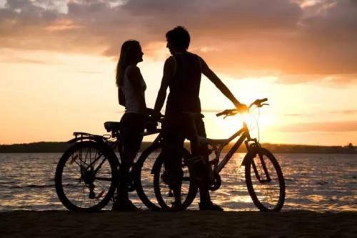 一定要嫁给爱情的浪漫图片_WWW.66152.COM