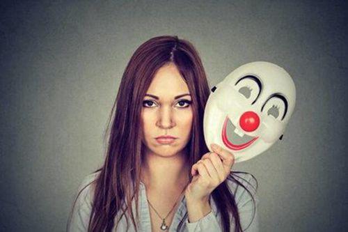 虚伪的嘴脸图片_WWW.66152.COM