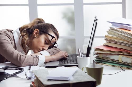 生活如此的累图片  生活压力大好累图片_WWW.66152.COM