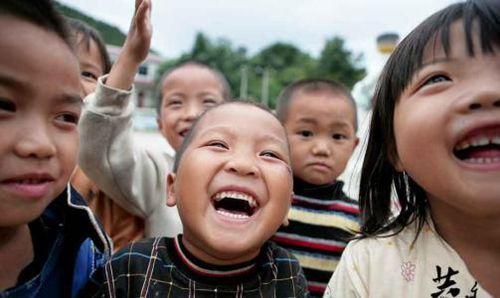 最美最自然快来笑容图片_WWW.66152.COM