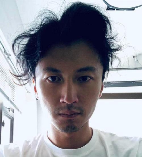 疫情结束后全国男人的发型图片_WWW.66152.COM