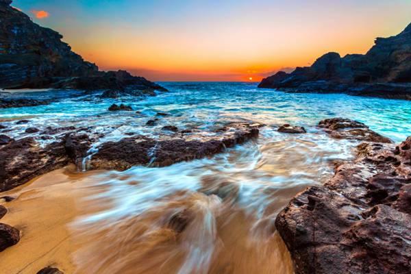 海滩夕阳景色图片_WWW.66152.COM