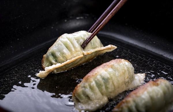 美味的煎饺图片_WWW.66152.COM