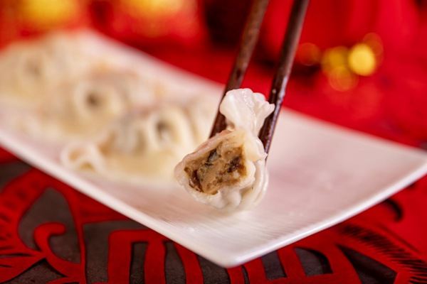 年味十足的水饺图片_WWW.66152.COM
