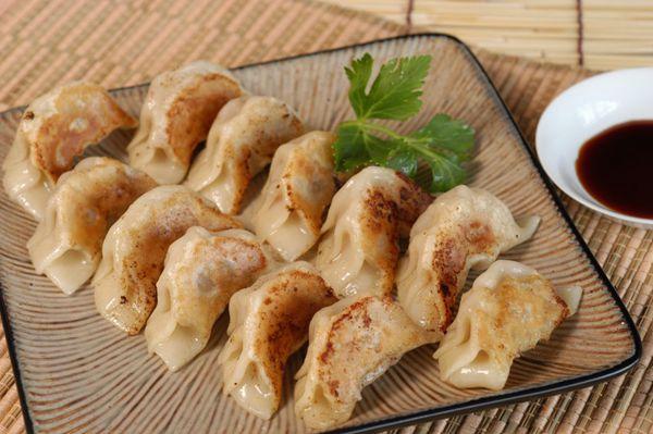 美味的肉馅饺子图片_WWW.66152.COM