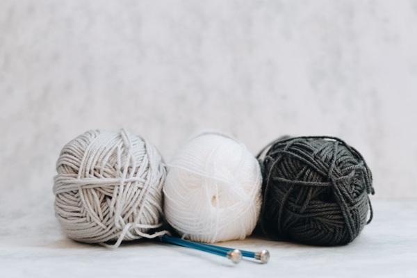 织毛衣用的毛线图片_WWW.66152.COM
