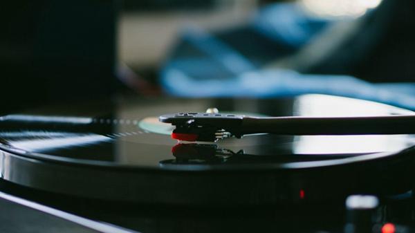 音响设备特写的图片_WWW.66152.COM
