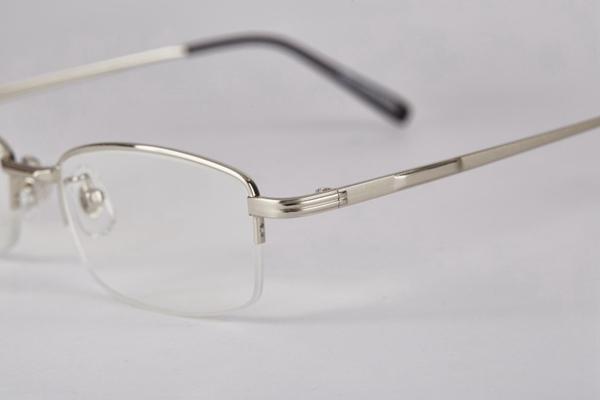 时尚近视眼镜图片_WWW.66152.COM