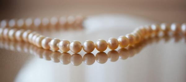 漂亮的珍珠项链图片_WWW.66152.COM