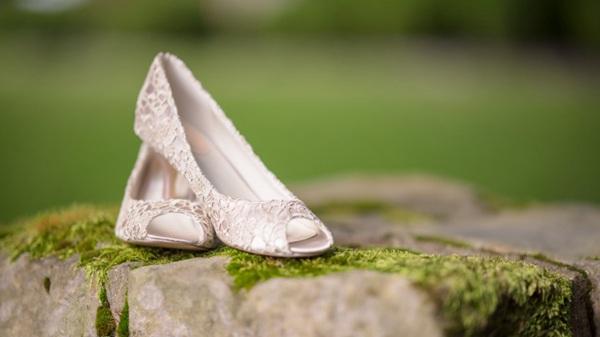 彰显气质的女士高跟鞋图片_WWW.66152.COM