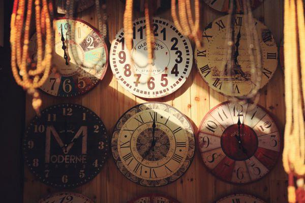 时间的记录者钟表图片_WWW.66152.COM
