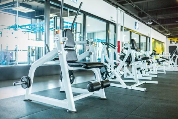 运动锻炼健身器材图片_WWW.66152.COM