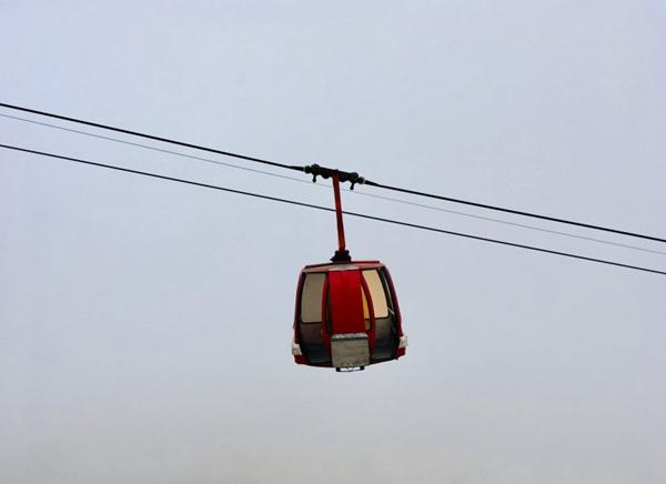 空中缆车图片_WWW.66152.COM