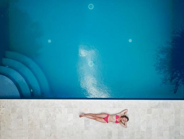 室外游泳池图片_WWW.66152.COM