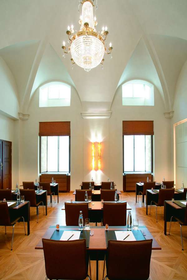 布拉格文华东方酒店图片_WWW.66152.COM