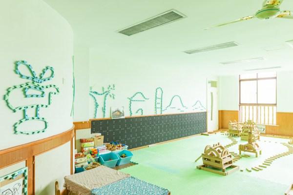 幼儿园内部环境图片_WWW.66152.COM