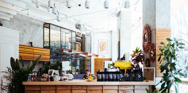 装修精致的咖啡店图片_WWW.66152.COM
