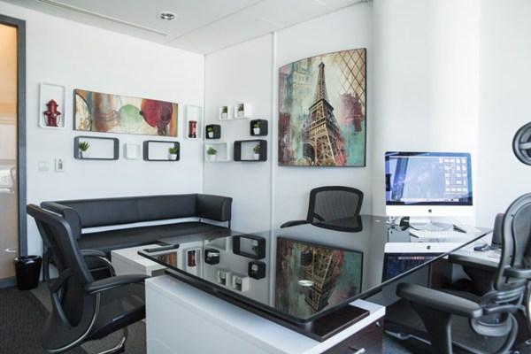 简约大气的办公室图片_WWW.66152.COM