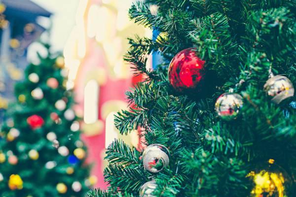 圣诞节可爱的装饰品图片_WWW.66152.COM