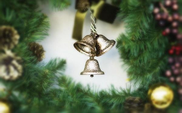 圣诞节彩球图片_WWW.66152.COM
