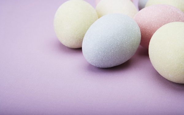 复活节可爱彩蛋图片_WWW.66152.COM