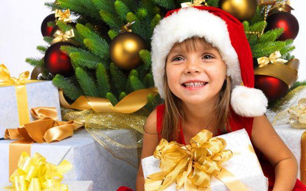 儿童圣诞节与圣诞礼物图片_WWW.66152.COM