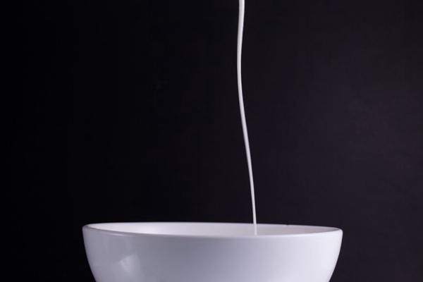 苹果块酸奶创意素材图片_WWW.66152.COM