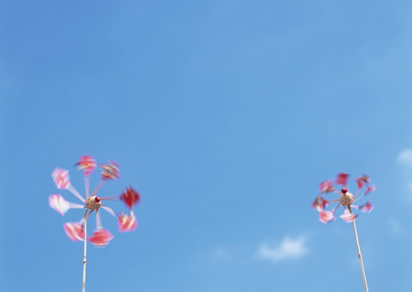 夏日清新素材游泳圈遮阳伞图片_WWW.66152.COM
