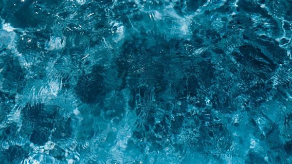 波光粼粼的水面图案背景图片_WWW.66152.COM