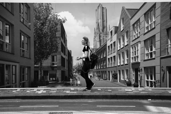 街头摄影图片_WWW.66152.COM
