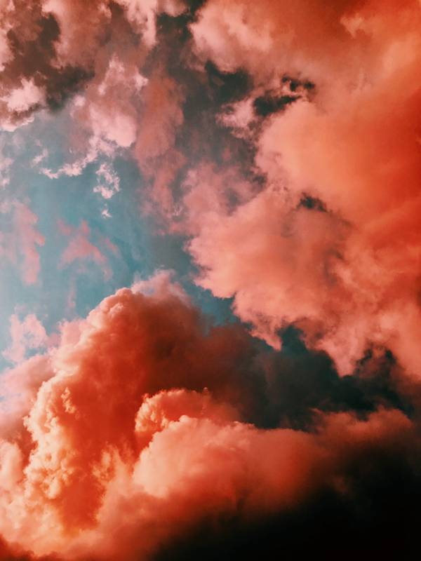 多彩的烟雾图片_WWW.66152.COM