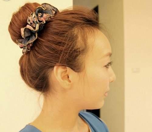头顶尖怎么扎好看的发型_WWW.66152.COM