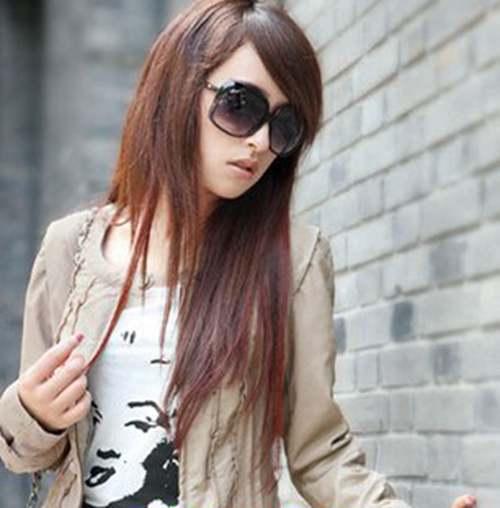 女生偏分直发发型图片_WWW.66152.COM